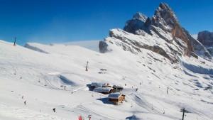 Esqui Alpino Dolomitas - Manaslu Adventures