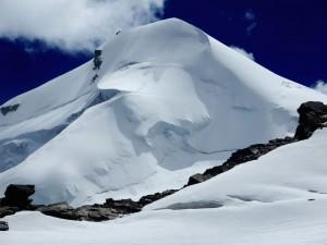 Allalinhorn Ascension Alpinismo - Alta Ruta Michabel - Manaslu Adventures