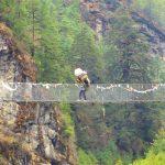 Región Everest. Puente colgante Larja Dobhan 2830