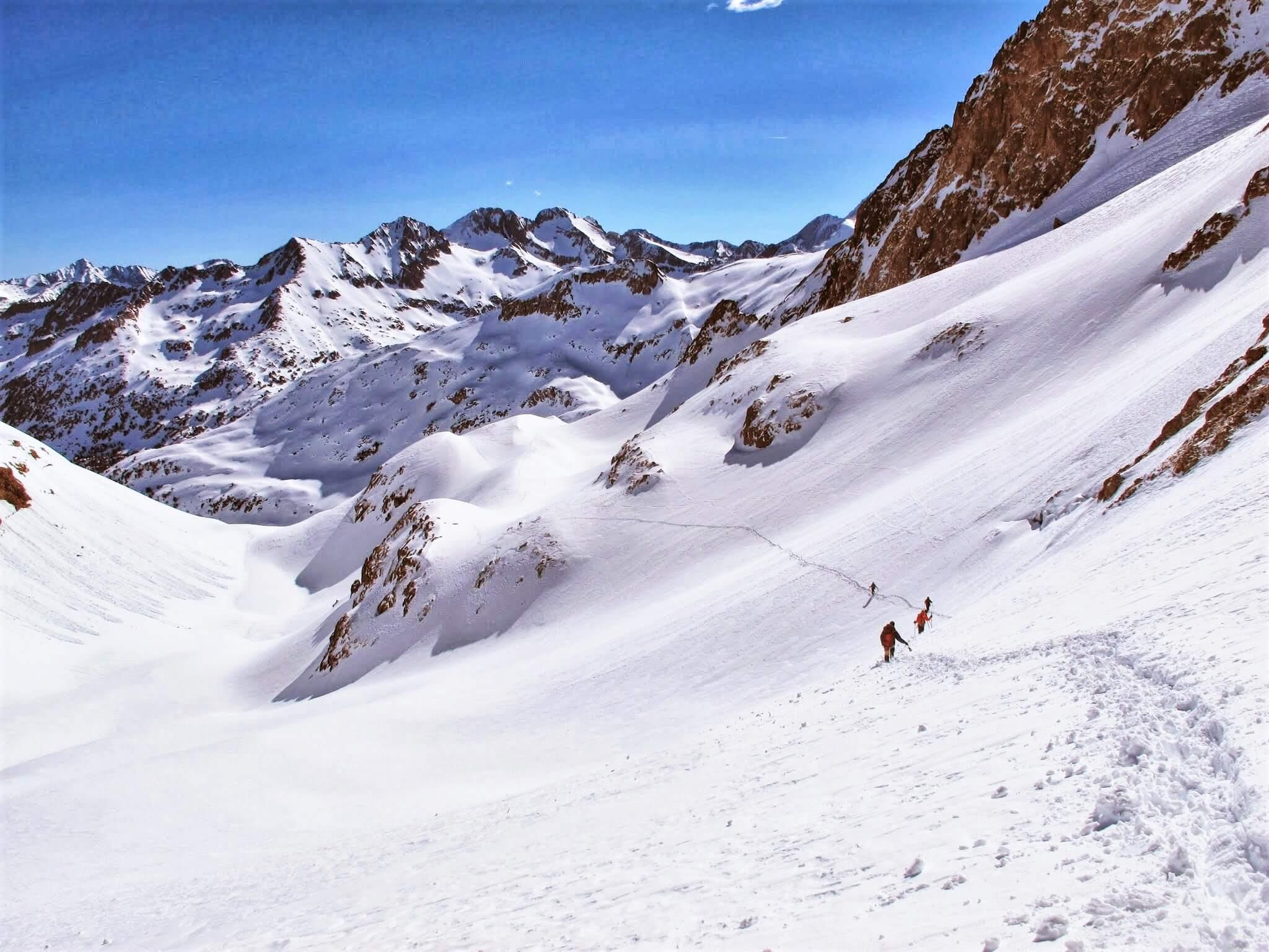 Valle de Tena. Nieve y Skimo