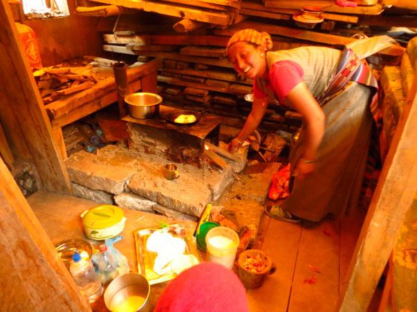 reconstrucción casa langtang terremoto