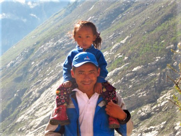 Dawa y su hija Langtang